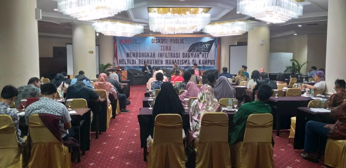 Dr. Bakir Islam Pengamat UIN diskusi