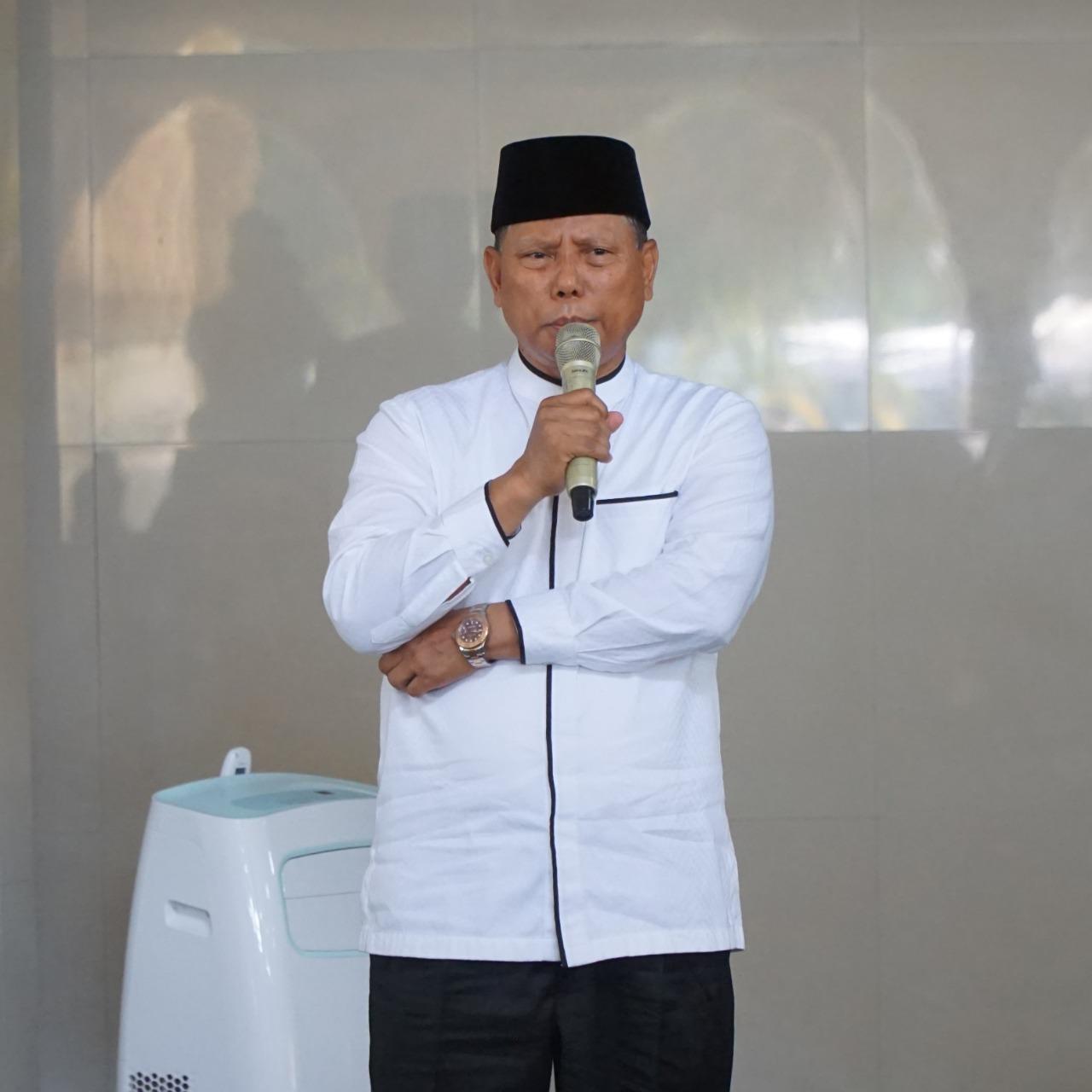 Bupati Lotim H.M.Sukiman Azmy. (Foto:Pelopor.id/Ist)